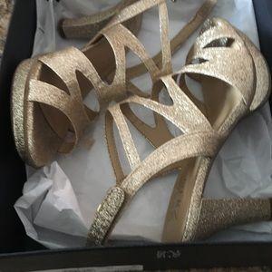 660256daffc3 Naturalizer Shoes - Naturalizer shoes Dianna gold glitter